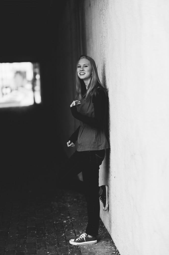 HannahSenior2016-21