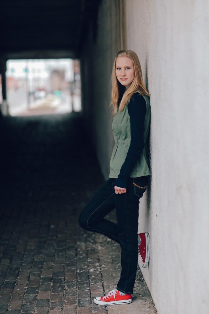 HannahSenior2016-23