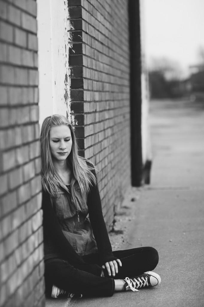 HannahSenior2016-37